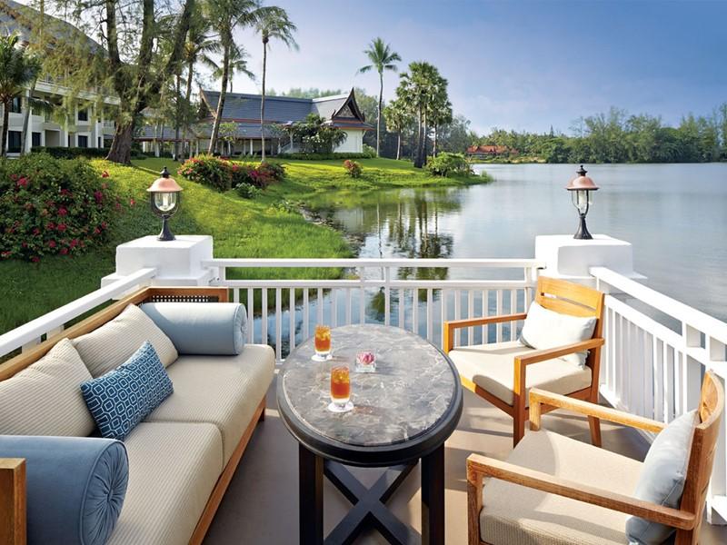 Exclusive Lounge de l'hôtel Outrigger Phuket en Thaïlande