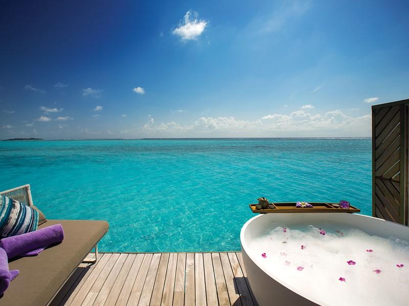 Soins relaxants face à l'océan