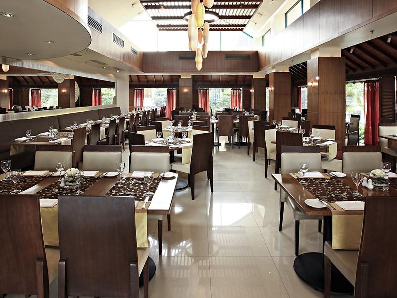 Restaurant de l'hôtel 5 étoiles Sofitel Plaza situé à Hanoi