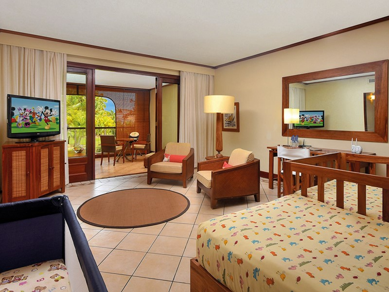 Tropical Family Suite