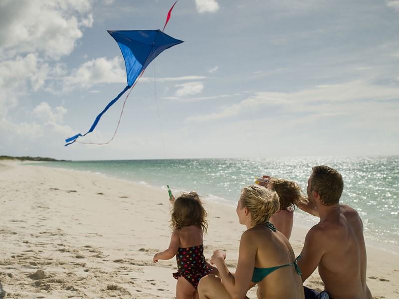 Profitez d'un moment en famille au Parrot Cay & Como Shambala