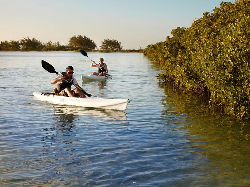 Canoe au Parrot Cay & Como Shambala à Turks & Caicos