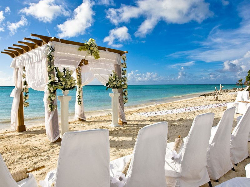 Mariage à l'hôtel de luxe Parrot Cay & Como Shambala