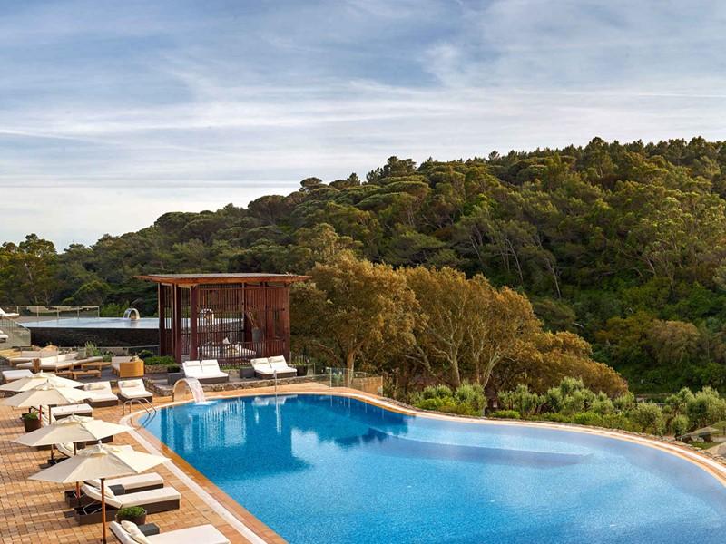 La piscine de l'hôtel Penha Longa en Lisbonne