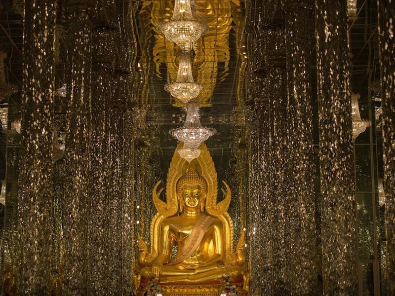 Visite du temple Thasung en Thailande