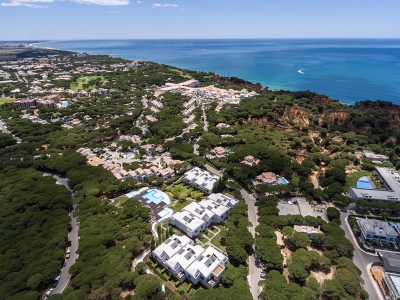 Vue aérienne du Pine Cliffs Resort