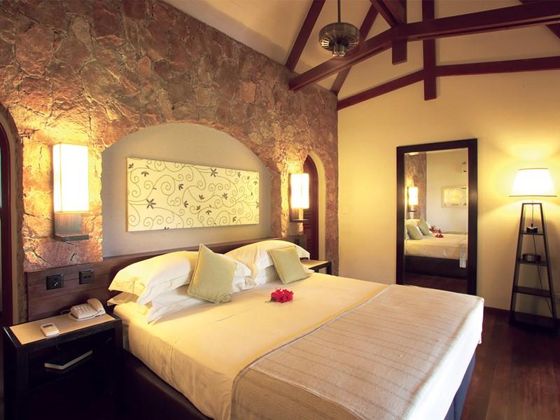La chambre Supérieure du Paradise Sun à Praslin