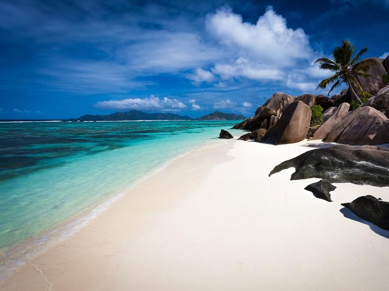 La mondialement célèbre Anse Source d'Argent, la plus emblématique des plages de l'archipel
