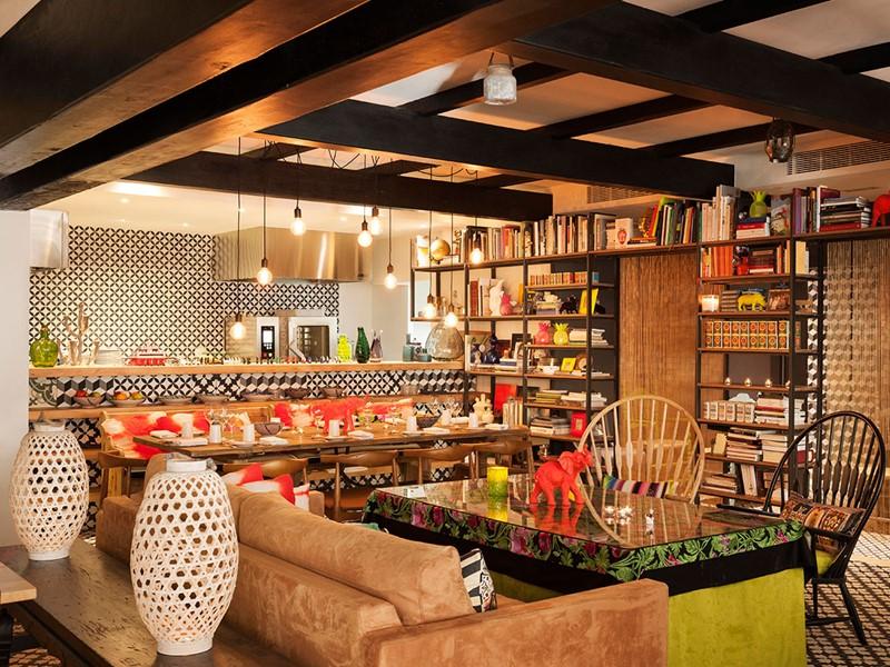 Le restaurant BiBo du Puente Romano en Espagne