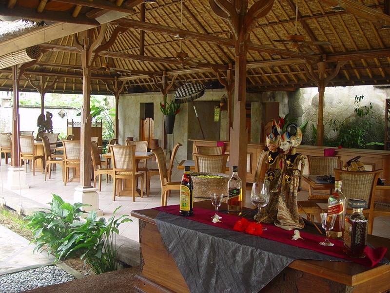 Autre vue du restaurant Saraswati du Puri Bagus Lovina