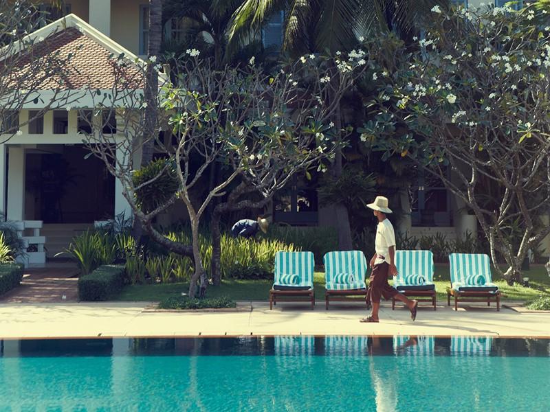 Autre vue de la piscine du Raffles Grand Hotel d'Angkor situé au Cambodge