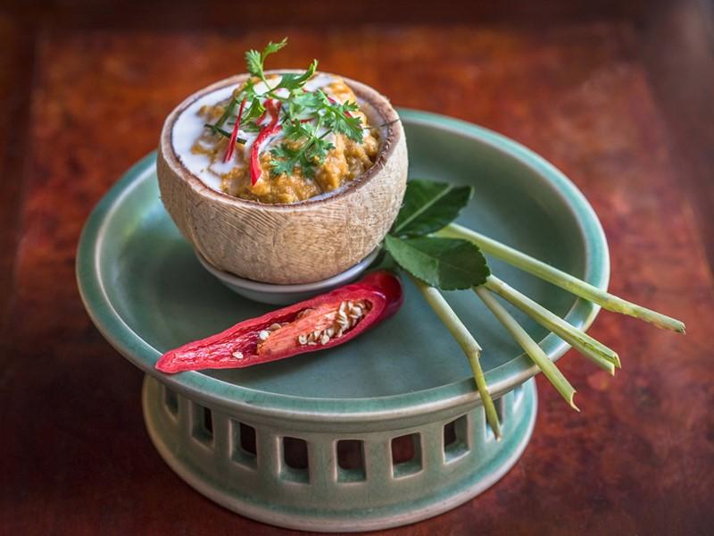 Savourez une délicieuse cuisine asiatique au Raffles Hotel Le Royal