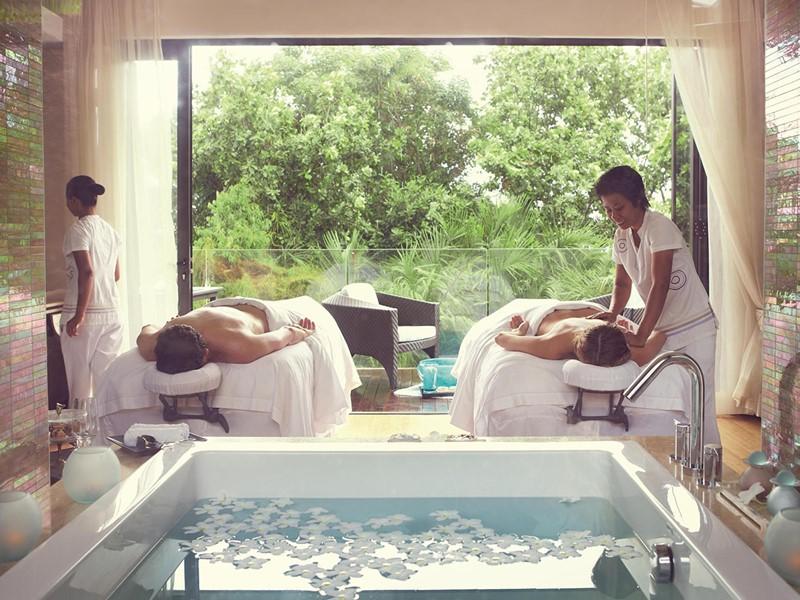 Massage au spa du Raffles Praslin aux Seychelles