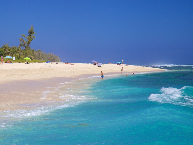 Détendez vous sur la sublime plage de Saint-Gilles à l'île de la Réunion