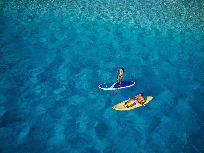 Profitez des eaux cristallines de Bora Bora.