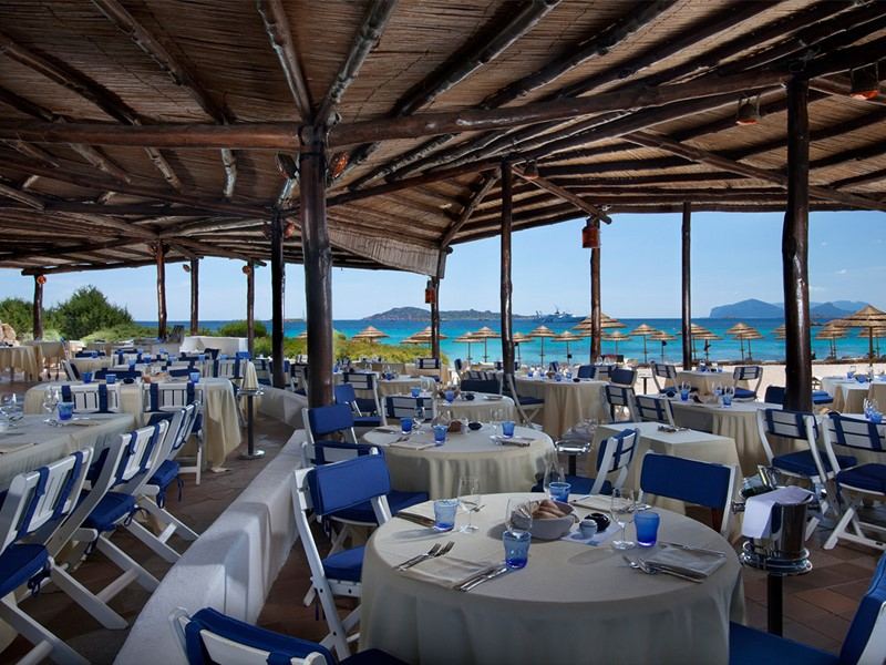 Restaurant Barbecue du Romazzino en Sardaigne