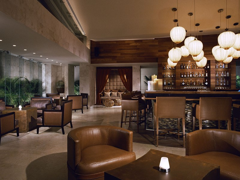 Le bar de l'hôtel Rosewood Mayakoba à Playa del Carmen