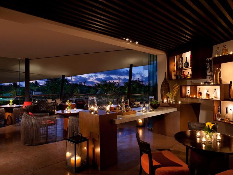 Agave Azul Bar du Rosewood Mayakoba situé au Mexique
