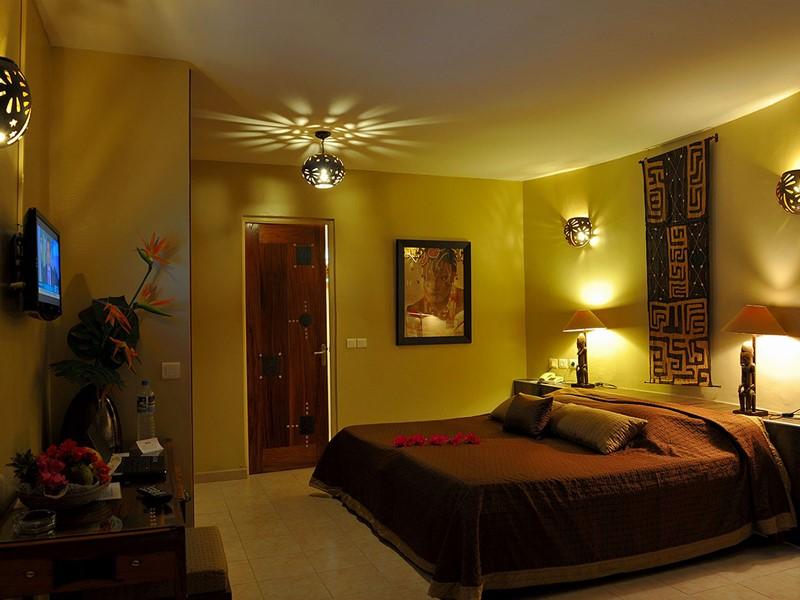 Chambre Deluxe de l'hôtel Royam au Sénégal