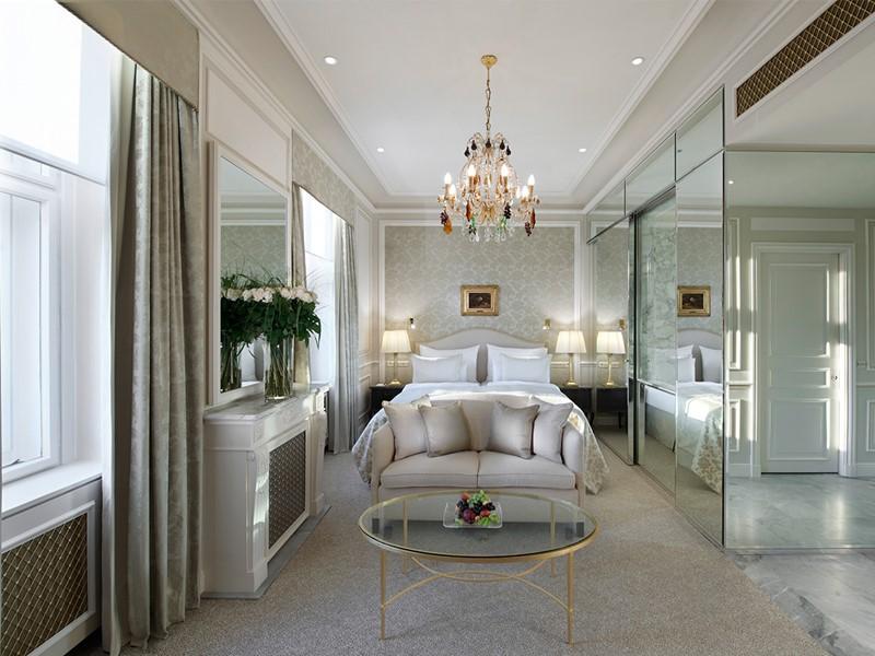 Top Deluxe Room