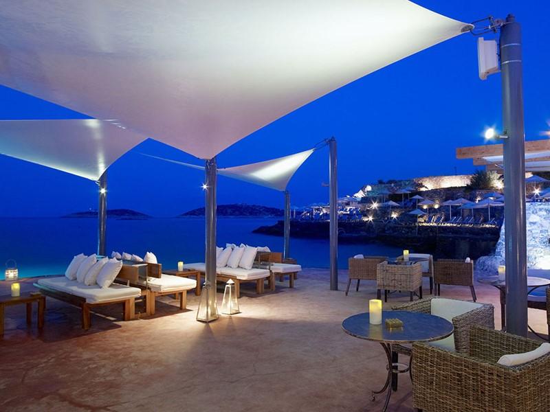 Bonatsa Jetty Bar du St. Nicolas Bay en Grèce