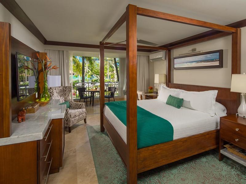 Caribbean Village Premium