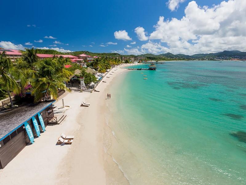 La superbe plage du Sandals Grande St. Lucian