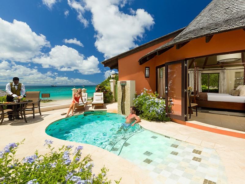 Beachfront Grande Rondoval Butler Suite With Private Pool Sanctuary du Sandals