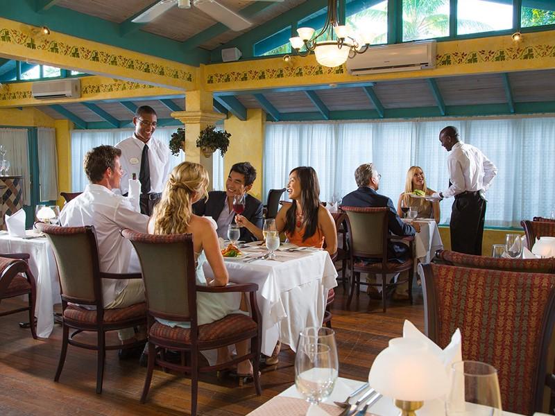 Le restaurant Mario's du Sandals Halcyon Beach aux Antilles