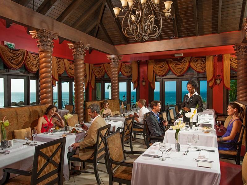 Le restaurant italien Armando's du Sandals Regency La Toc