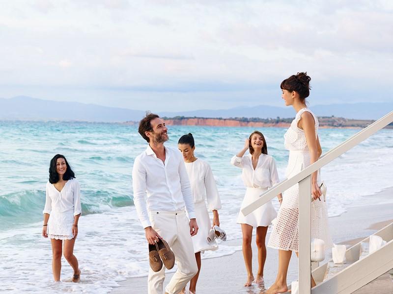 Passez un moment privilégié dans un cadre idyllique au Sani Beach