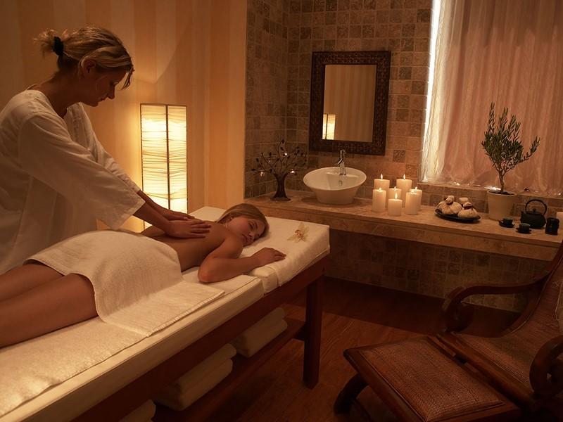 Le spa du Sani Club vous offre une gamme de soins inspirés des quatre coins du monde