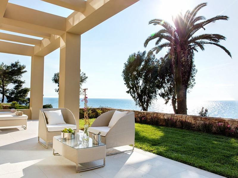 Profitez d'une vue spectaculaire sur la mer Egée depuis le Sani Club