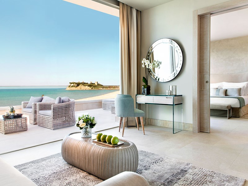 Deluxe One Bedroom Suite Grand Balcony Sea View