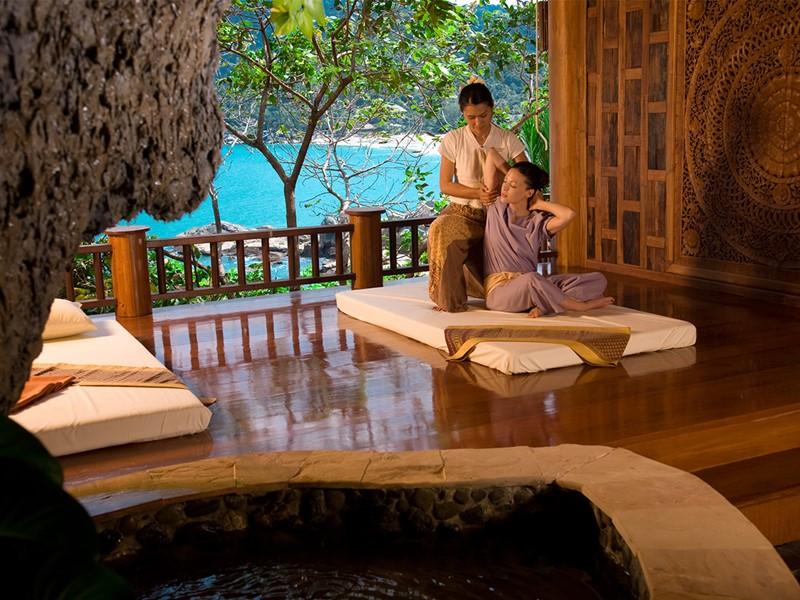 Le spa de l'hôtel 5 étoiles Santhiya Resort en Thailande