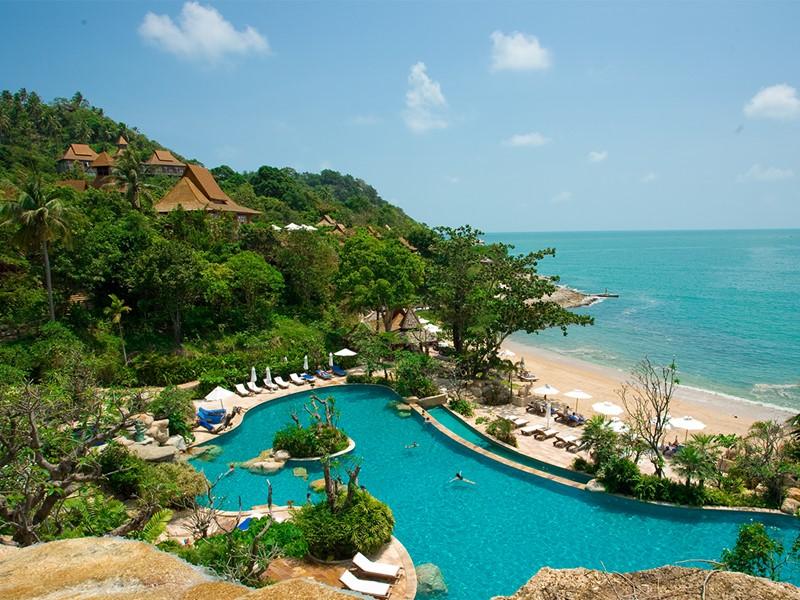 La piscine de l'hôtel Santhiya Resort & Spa en Thailande