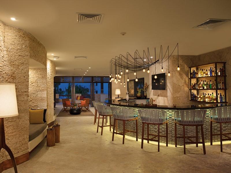 Le Rendezvous Lobby Bar du Secrets Cap Cana Resort