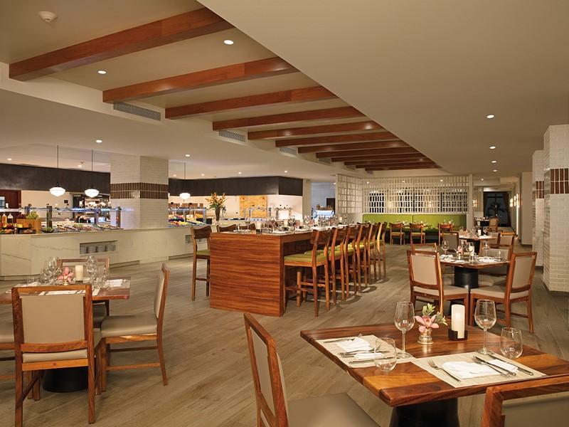 Le restaurant Market Café du Secrets Cap Cana