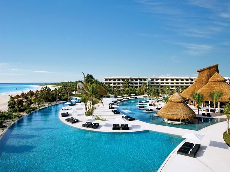 La piscine du Secrets Maroma à Puerto Morelos