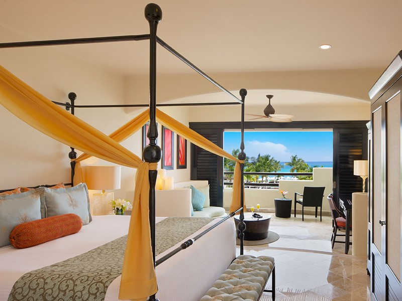 Junior Suite Partial Ocean View du Secrets Maroma