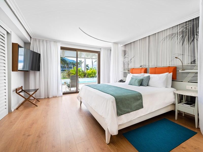 Corner Suite Ocean View