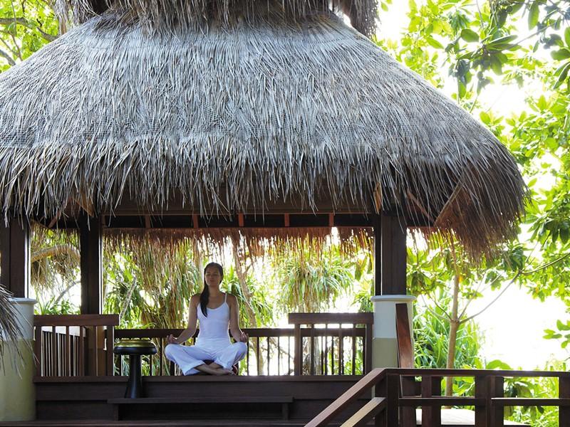 Méditation au Shangri-La's Villingili aux Maldives