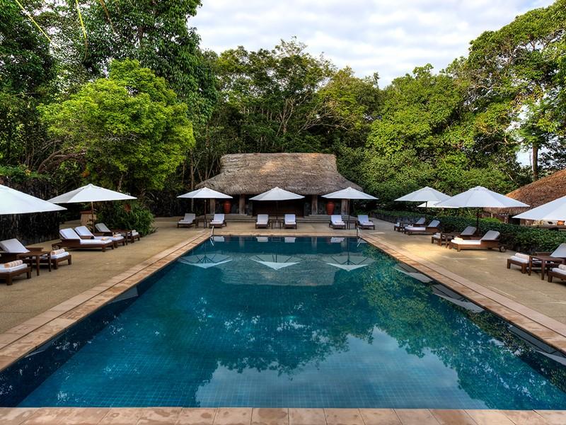 La piscine de l'hôtel saura vous séduire, elle détient une atmosphère unique