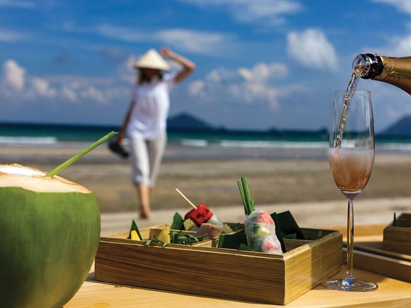 Profitez d'un repas exclusif sur la plage
