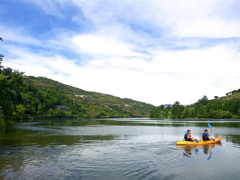 Kayak à l'hôtel 5 étoiles Six Senses Douro Valley