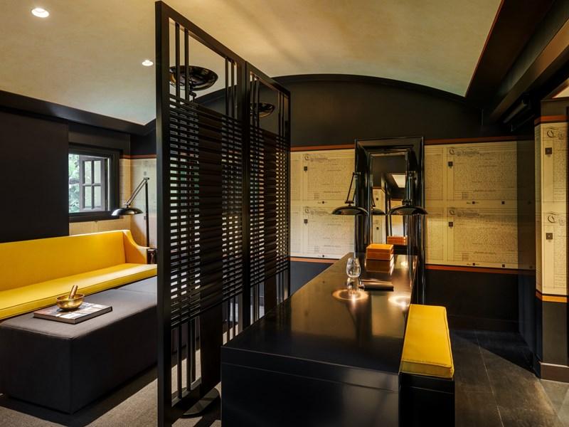 L'Opium Suite & son Living Room, vous immergera dans une atmosphère unique