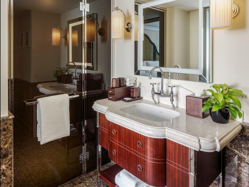 Sa salle de bain authentique saura vous charmer