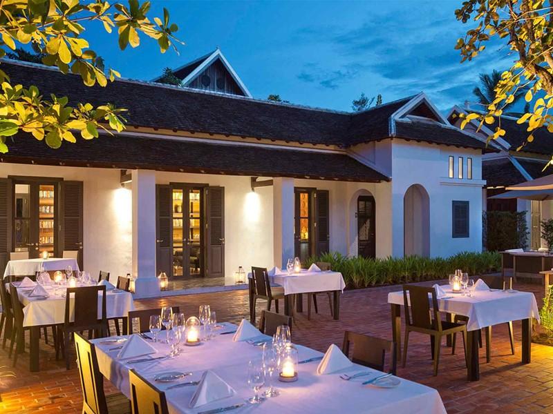 Restaurant The Library de l'Hôtel de la Paix situé au Laos