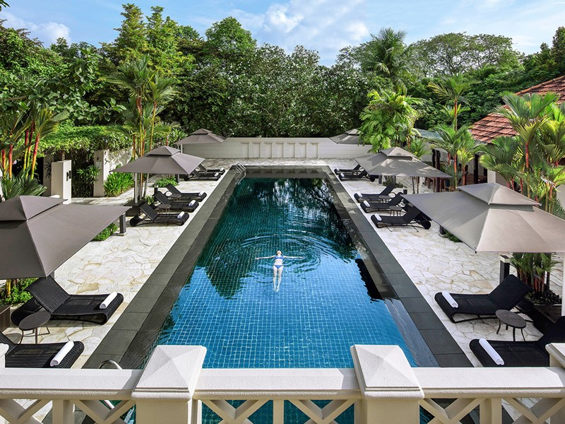 La superbe piscine du Sofitel Singapore Sentosa Resort