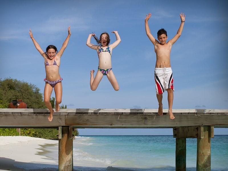 Passez des moments de pur bonheur en famille au Soneva Fushi
